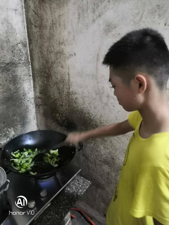 厨艺展示让小朋友露一手